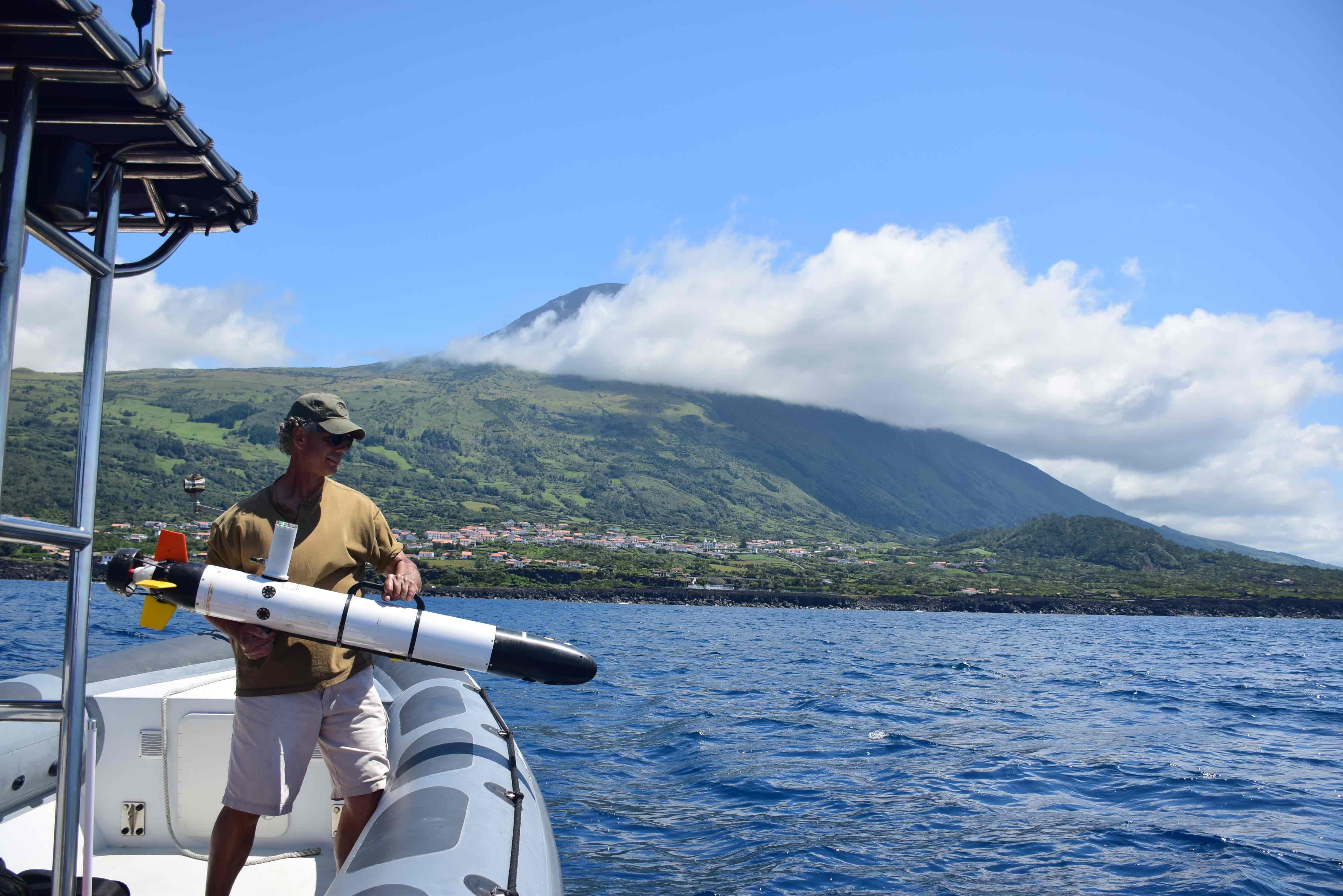 Mike Incze of NUWC deploying his Iver off of Pico island.